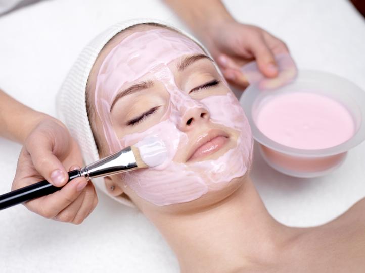 Conheça os benefícios da limpeza de pele
